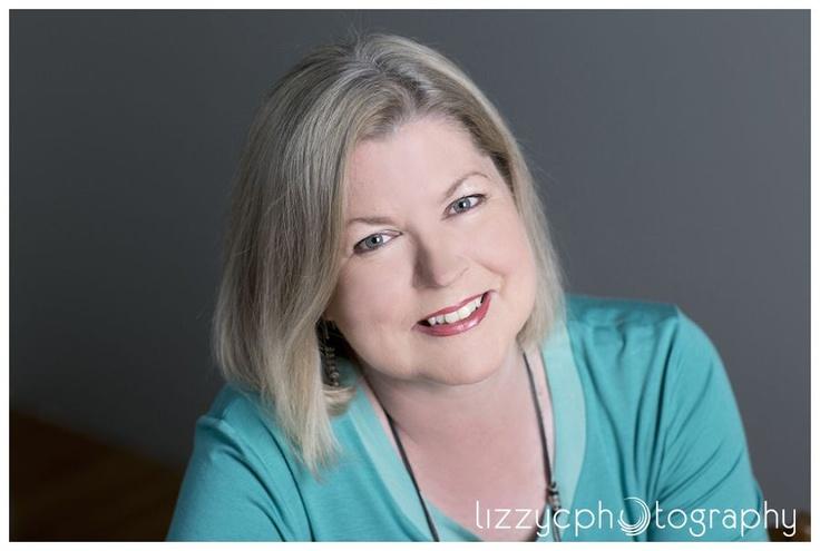 Author Portraits -Louise Reynolds