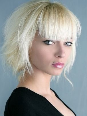 Tunsori par mediu 2014: Medium Haircuts, Blunt Bangs, Bobs Hairstyles, Prom Hairstyles, Shorts Haircuts, Hair Style, Oval Faces, Medium Hairstyles, Shorts Hairstyles