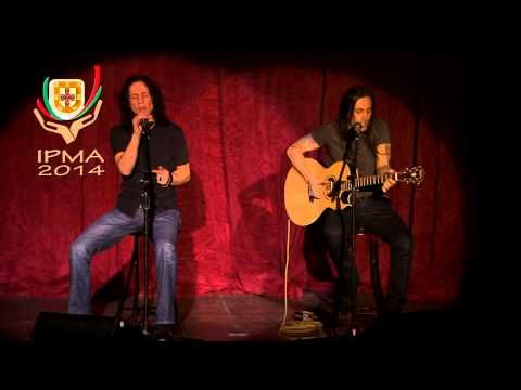 "2014 IPMA - Nuno Bettencourt & Gary Cherone LIVE - ""More Than Words"" - YouTube"