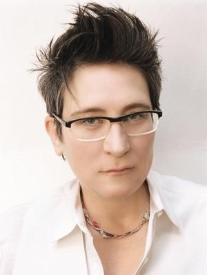 kd lang Kathryn Dawn Lang, OC (born November 2, 1961), known by her stage name k.d. lang, is a Canadian pop and country singer-songwriter and occasional actress.