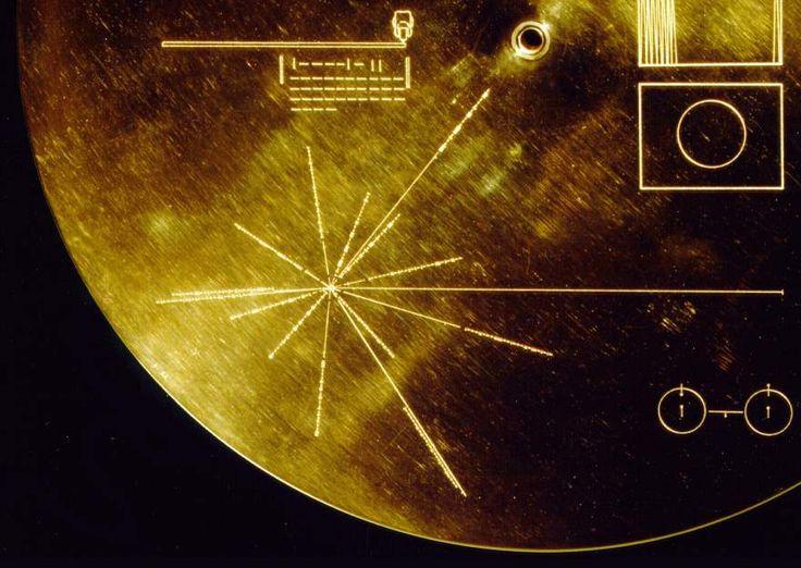 ¿Por qué hay 14 púlsares en los discos de oro de las sondas Voyager? #astronomia #ciencia