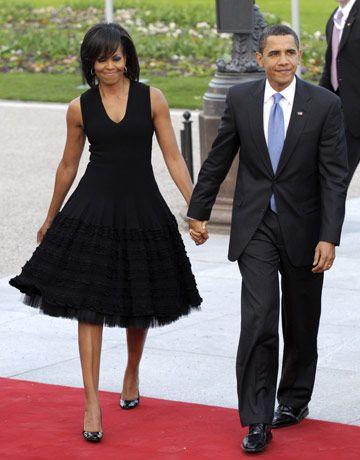 Little black dress meets the Stepford wives! Michelle Obama Fashion