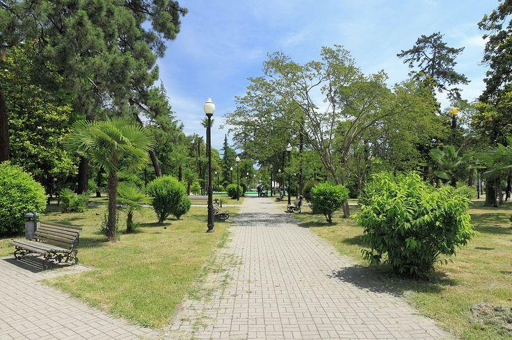 2014 Suchum, Park imienia Lenina (01) - Suchumi – Wikipedie