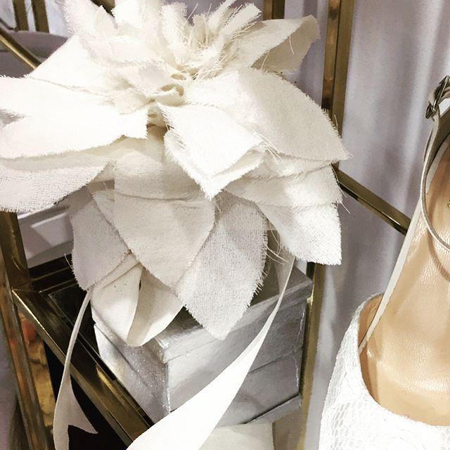 Bomboniere, creiamo oggetti unici per eventi indimenticabili! #bomboniere #gadget #solocosebelle #madeinitaly #fattoamano #personalshopper #italiawedding #event #eventplanner #eventiaziendali #sposa #italiawedding #weddinginitaly #matrimoni #comunione #cresima #anniversario #anniversariodimatrimonio #evedeso #eventdesignsource - posted by E.A.R. Atelier di eventi https://www.instagram.com/e.a.r._atelier_di_eventi. See more Event Planners at http://Evedeso.com