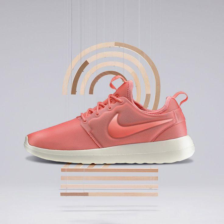 Nike Sportswear ROSHE TWO FLYKNIT Trainers black / white / cool