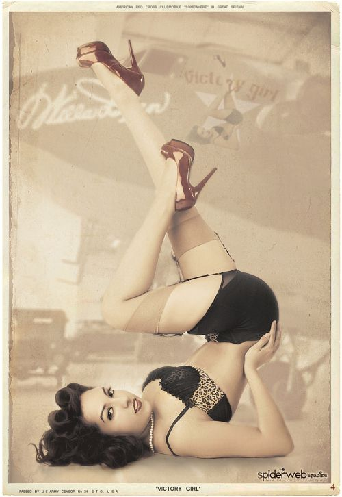 PIN-UP * GIRL FEBRUARY, 2011 *  VICTORY GIRL, JACLENE SOLIS  http://facebook.com/JacleneSolisFanPage  © Photo by Malak Photography  http://malakphotography.com  Hair: Diamond Design    Posted by: pinuppage.blogspot.com