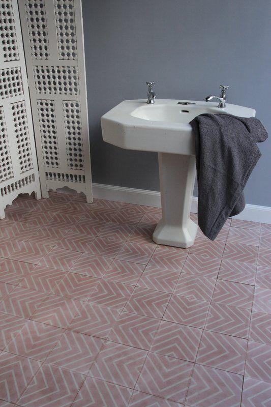 Tile: Goose-eye - petal/milk - Designergolv.se - Marrakeshdesign.se
