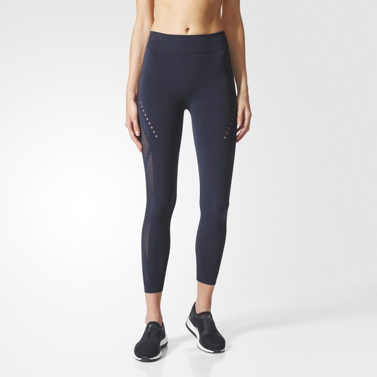 Every training session is a chance to redefine your limits. Embrace the challenge in these women's training tights designed to keep you cool and dry as you push yourself. They have a smooth seamless construction to reduce chafing and a heavy dose of elastane for unrestricted movement as you go all in. A medium-compression fit helps focus your muscles for action.