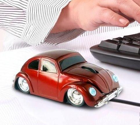 Myszka komputerowa auto garbus to świetna propozycja na prezent dla taty, brata, chłopaka czy kolegi ze szkolnej ławki.