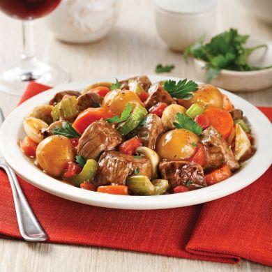 Mijoté de boeuf aux légumes et pommes de terre parisiennes - Soupers de semaine - Recettes 5-15 - Recettes express 5/15 - Pratico Pratique
