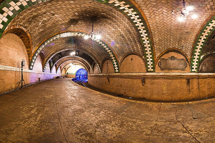 City Hall ~ abondoned subway station ~ NYC ~ this is so beautiful ~ built with such craftsmanship & skill ~ sigh....gotta wonder what we are even doing to abandon a beauty like this....