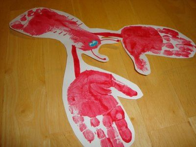 Hand and Footprint Lobster! Definitely sending this to my Aunt and Grandmother from the kiddos!