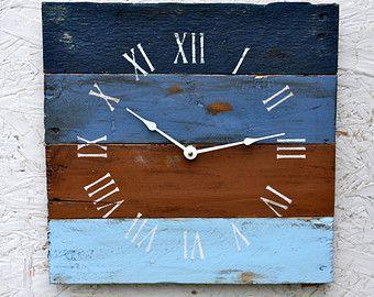 Pallet Wood Clock Rustic ReClAiMeD Beach House by terrafirma79