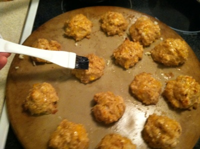 """""""Better than Red Lobster"""" Garlic Cheese Biscuits"""