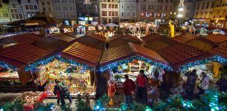 Vánoční trhy jsou tady. Začnou ohňostrojem