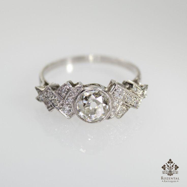 Antique Art Deco Platinum Diamond Ring (hva)