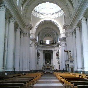 """Alla Basilica dello Spirito Santo a Napoli si terrà il concerto """"La musica del sole"""" dell'Ensembre Amici del '700 napoletano. #weekend #musica #Napoli"""