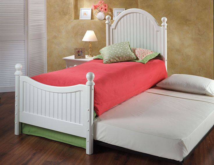Hillsdale 1354BTWHTR Westfield Post Bed Set - Twin - w/Rails and Trundle