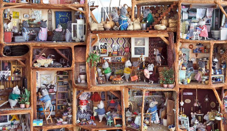 I Couldn T Resist This Vintage Colonial Dollhouse From The: 17 Best Images About Dollhouses & Fairy Houses On