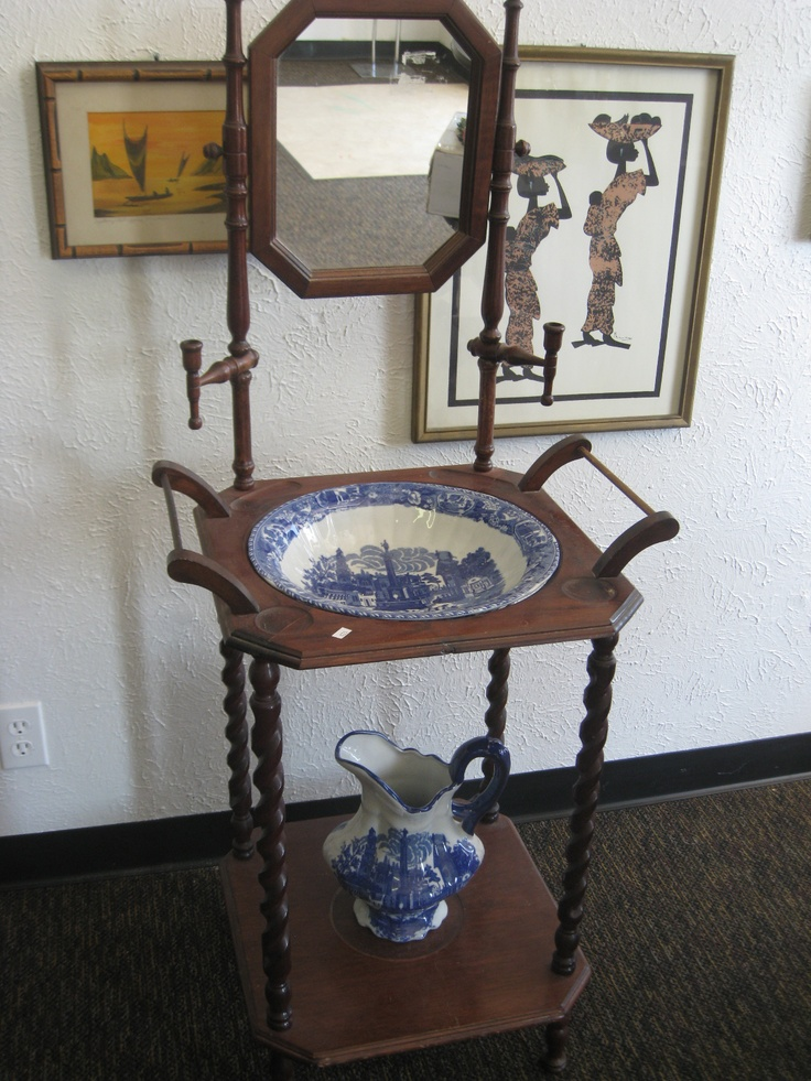 Antique Wash Stand With Mirror   Bowl And Pitcher Are In Excellent  Condition $225
