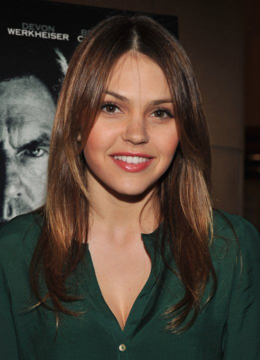 Aimee Teegarden at event of Beneath the Darkness (2011)