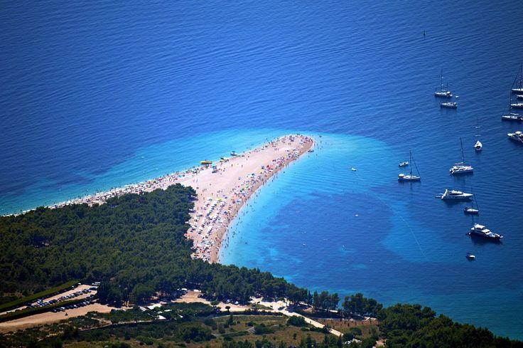 Na túto pláž v Chorvátsku mám krásne spomienky :) môj manžel ma tam požiadal o rukuu  https://www.bigtravel.sk/dovolenka-chorvatsko/
