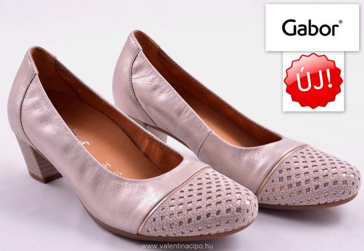 Alkalmi női Gabor cipő a kényelem mellett az egyedi formájával is kiemelkedik az alkalmi cipők közül. Valentina Cipőboltokban és webáruházunkban további alkalmi cipőkből válogathat!  http://valentinacipo.hu/46-182-65