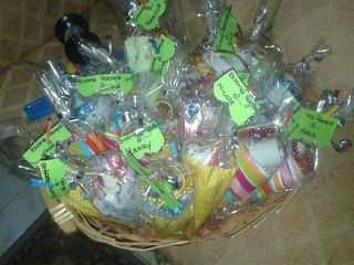 soraya's laboratory coni di carta (regalini) paper cones party favors