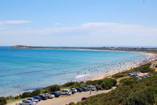 www.oceangrovestays.com.au