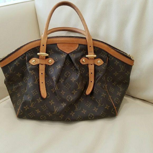 Louis Vuitton Tivoli GM Nice beautiful authentic LV Bag Louis Vuitton Bags Satchels
