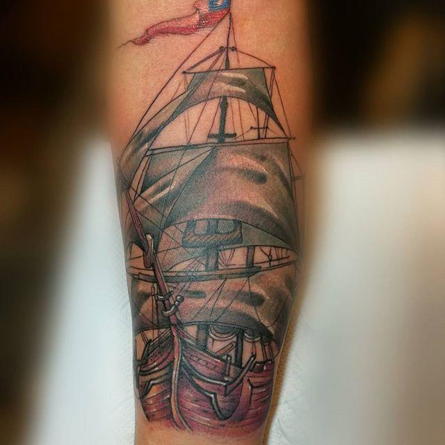 Leonel castro Segunda sesion de 3 (Media manga) #entrecapastattoo #entrecapas_tattoo_estacioncentral #tattoocolor #tattoochileno #chiletattoo  #instattoo #instachile #tatuajes #tatuadoreschilenos #artistaschilenos #tatuadorenchile #tattoo #culturatattoo #artetattoo #greattattoos #chile #santiago #portalchiletattoo#tattoo.chileno