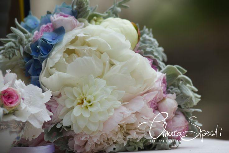 Il bouquet Shabby Chic di Laura... peonie, rose inglesi Heritage, hidrangea, dalie...
