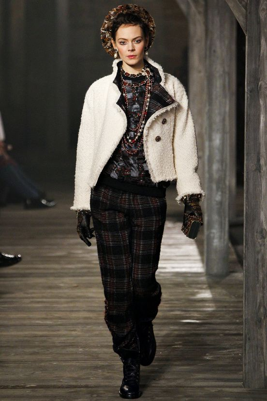 Chanel Pre-Collections  Autumn-Winter 2013-2014