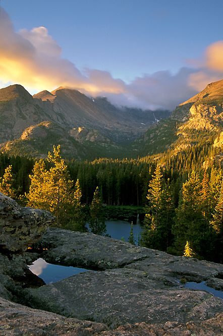 Rocky Mountain National Park, in Colorado is breathtaking! The scenery is unending, the wildlife is great and there's many, many different places to go, see and do.