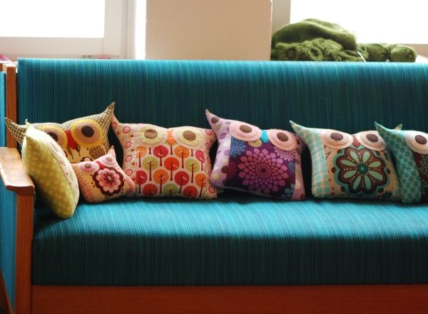 Owl pillows.  MUST make, thinking these would look nice in my studio perhaps on a small couch or comfy chair.