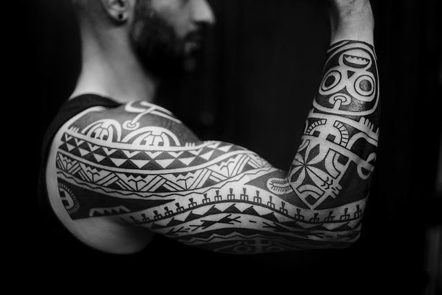 Polynesian tattoos: Marquesan, Samoan, Maori, Tongan, Hawai, Borneo, Haida and many other tribal inspired blackwork