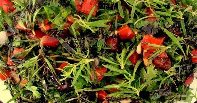 Taze kekik salatası tarifi Taze kekik salatası nasıl yapılır Zahter salatası tarifi Zahter salatası nasıl yapılır Taze kekikten ...