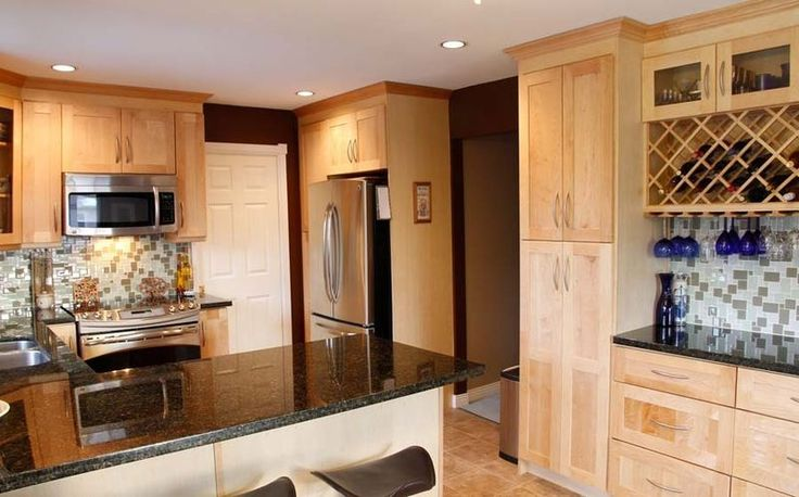 Beauty And Efficiency In A Single Door Used Kitchen Cabinets:Light Brown Wood Used Kitchen Cabinet For Indoor Kitchen Style Rustic Wood Used Kitchen Cabinets Models
