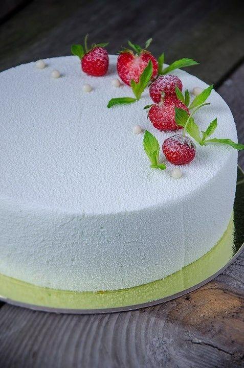 White velour cake with strawberry