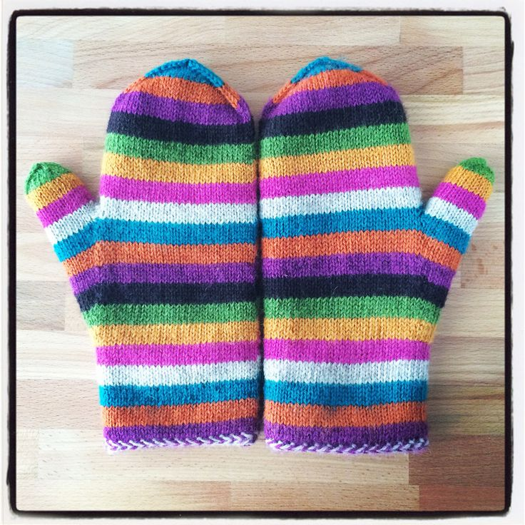 Ravelry: Super Simple Stripey Mittens (of Epic Awesomeness) by Julia Vesper