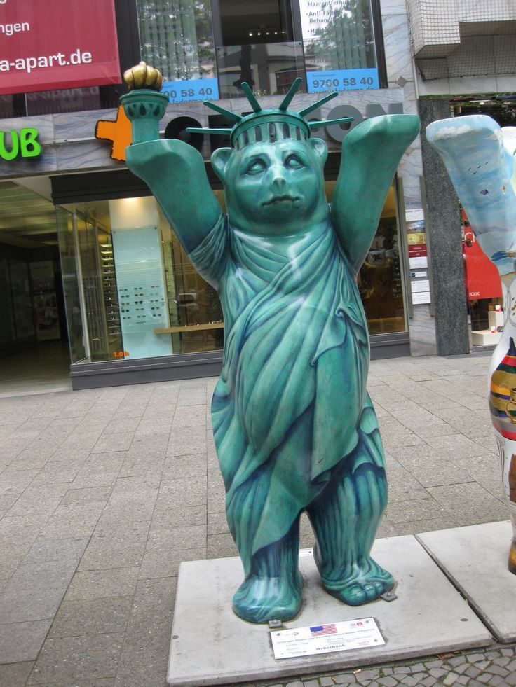 Amazing USA Bear in Berlin Germany