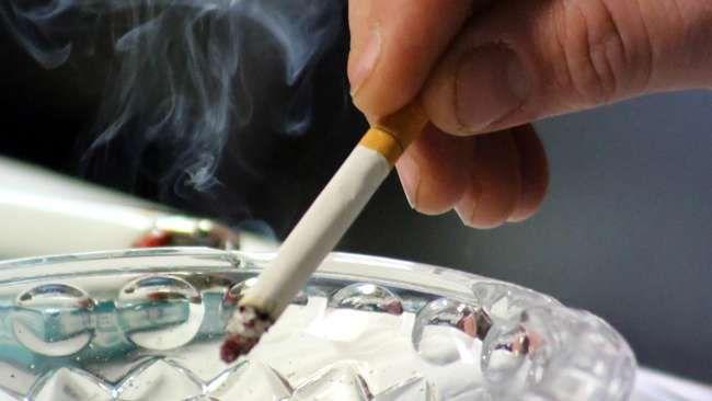 Sandeq.Net | Jakarta,-- Kebiasaan merokok memang sulit dihentikan. Nikotin yang terkandung dalam rokok bersifat adiktif dan membuat siapapun yang mengisapnya akan merasa ketergantungan. Tapi, ternyata berhenti merokok walaupun hanya 20 menit dapat mendatangkan efek positif dalam tubuh. Mulai dari paru-paru, sampai otak merasakan manfaat baik saat Anda mulai setop mengisap rokok, seperti dilansir dari laman…