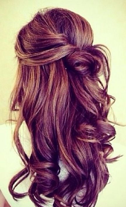 I absolutely LOVE this hair style.