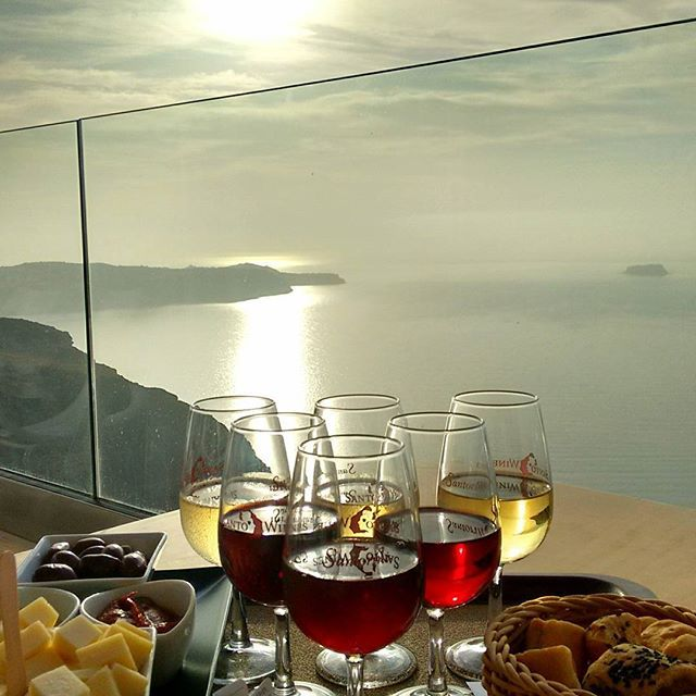 #Wine tour in #Santorini with the most unique view of #Caldera! Photo credits: @cs.book