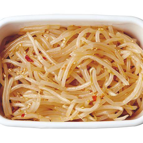 レンジ加熱後の水きりが日もちさせるコツ「もやしナムル」のレシピです。プロの料理家・脇雅世さんによる、もやしなどを使った、87Kcalの料理レシピです。
