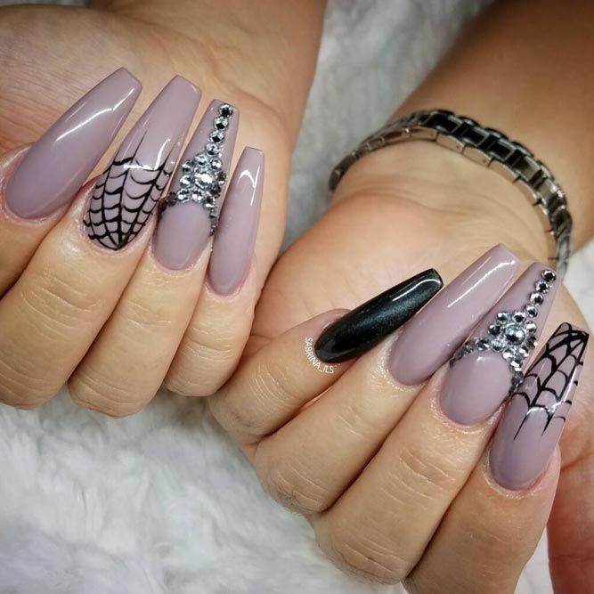beautiful halloween nails ideas