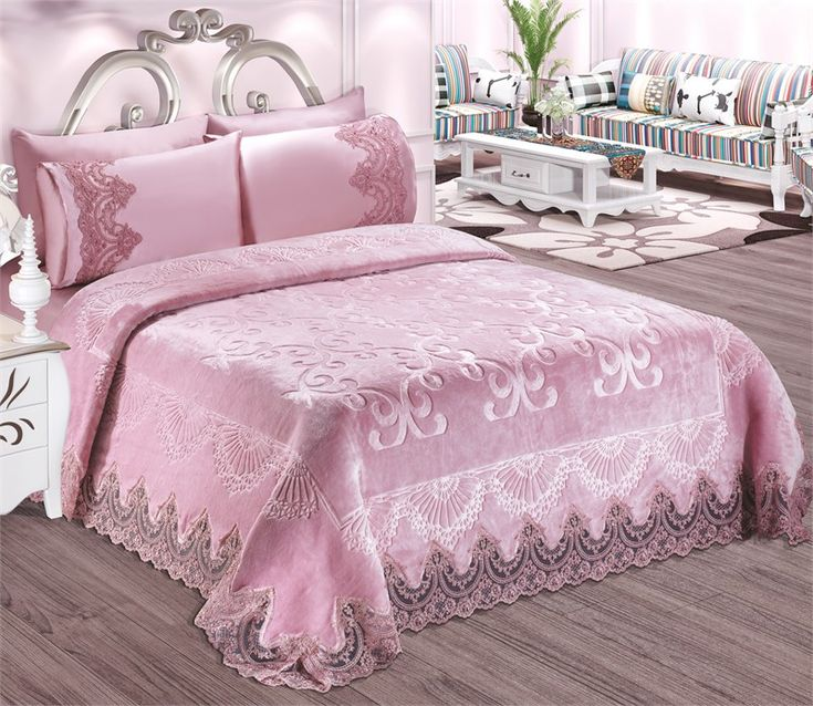 les 25 meilleures id es de la cat gorie couvre lit rose. Black Bedroom Furniture Sets. Home Design Ideas