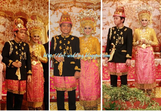 Traditional Wedding Dress from Aceh
