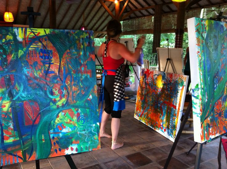 Painting in the pavilion with fabulous Flora Bowley