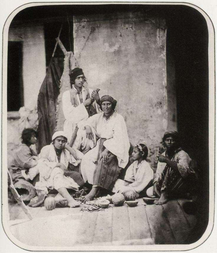 Carol Popp de Szathmary - Gypsies from Pasarea village (near Bucharest), 1866